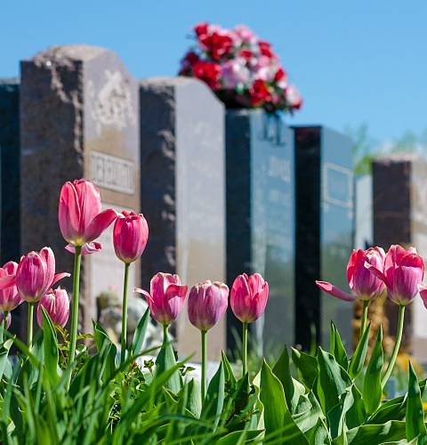 What are traditional headstones?