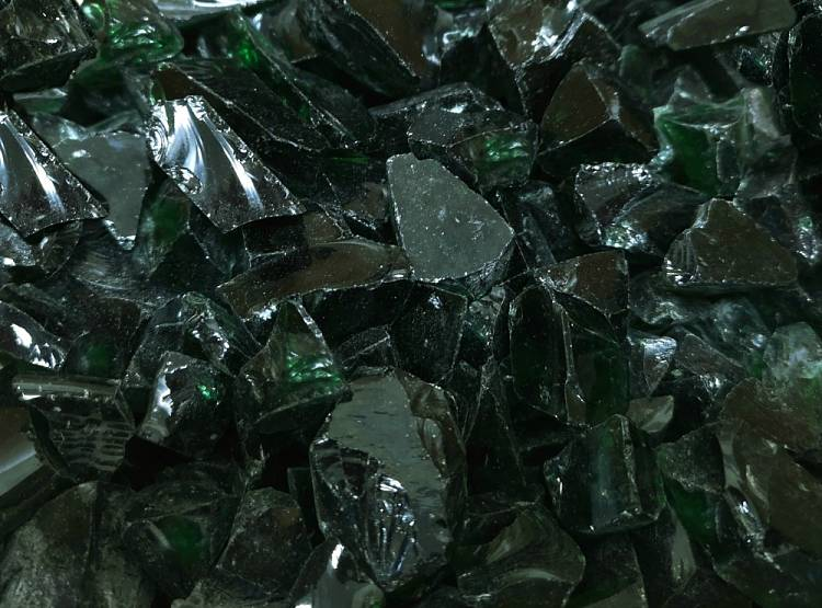 Emerald Green Glass Chippings for Graves